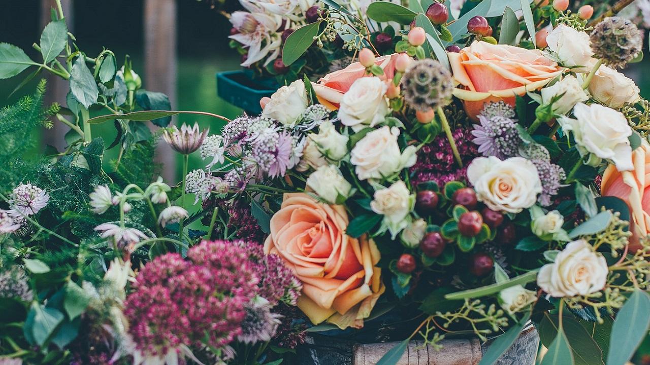 Sztuczne kwiaty zAliexpress: oczekiwania vs. rzeczywistość